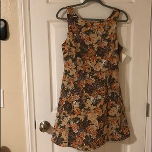 NWT Garden Fit and Flare dress